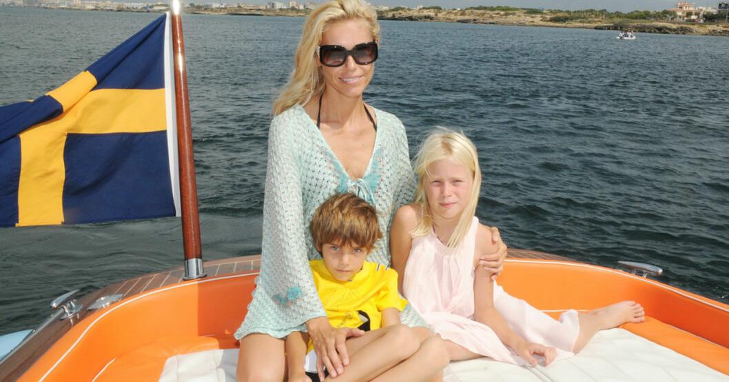 Anna Anka och barnen Ethan och Elli.