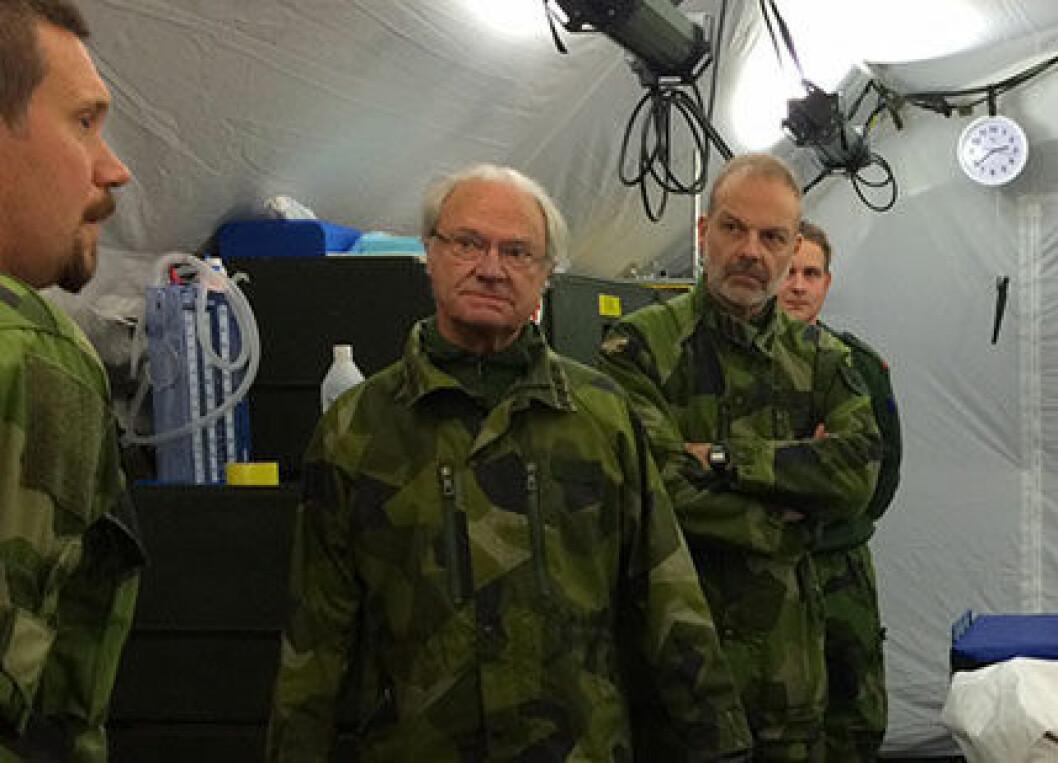 Militär för en dag – kungen besökte Nordic Battlegroups ...