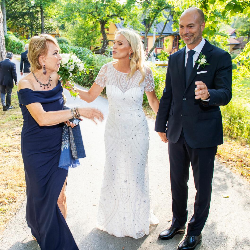 Andrea Brodin och Cedric Notz med Cedrics mamma, som flugit in från Schweiz.