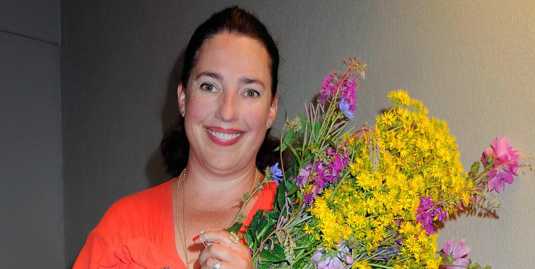 Charlotte Ramel designar smycken för Ebba Brahe Jewelry.