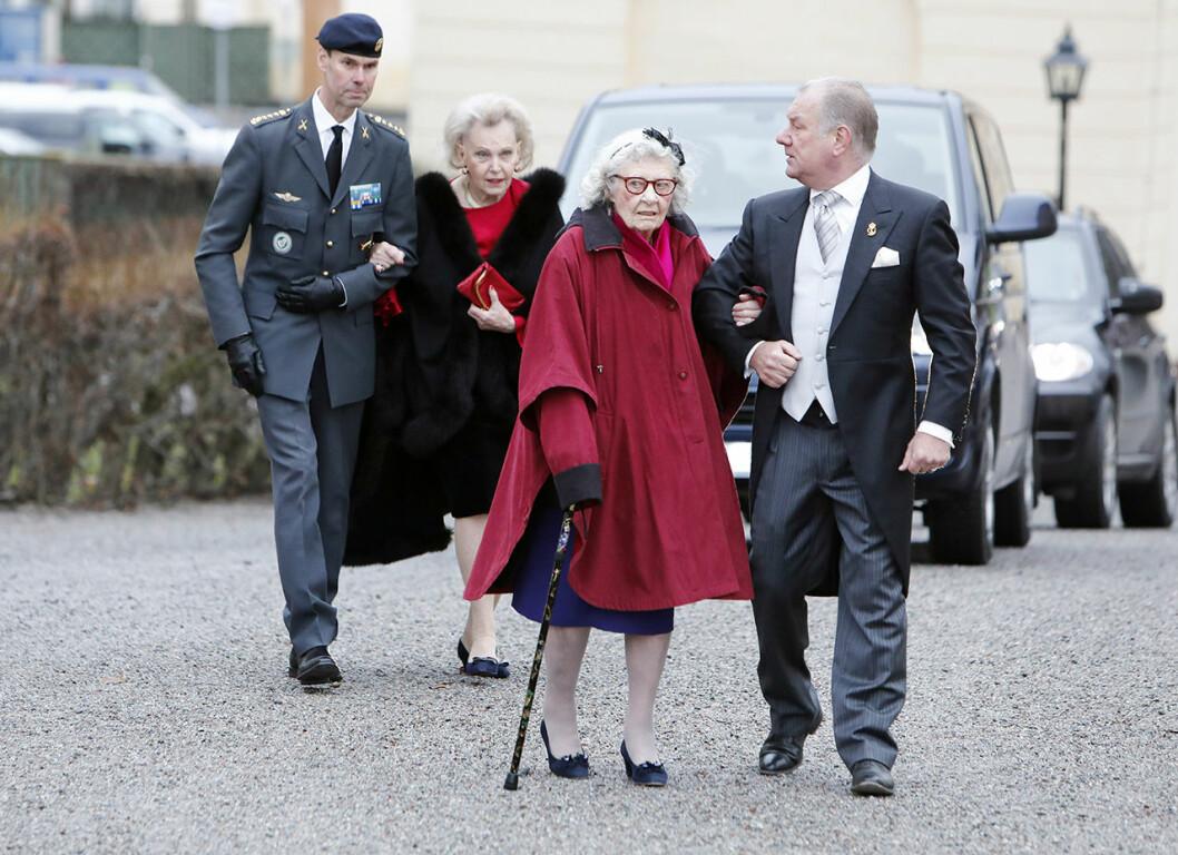 Dagmar von Arbin anländer till prins Gabriels dop 2017.