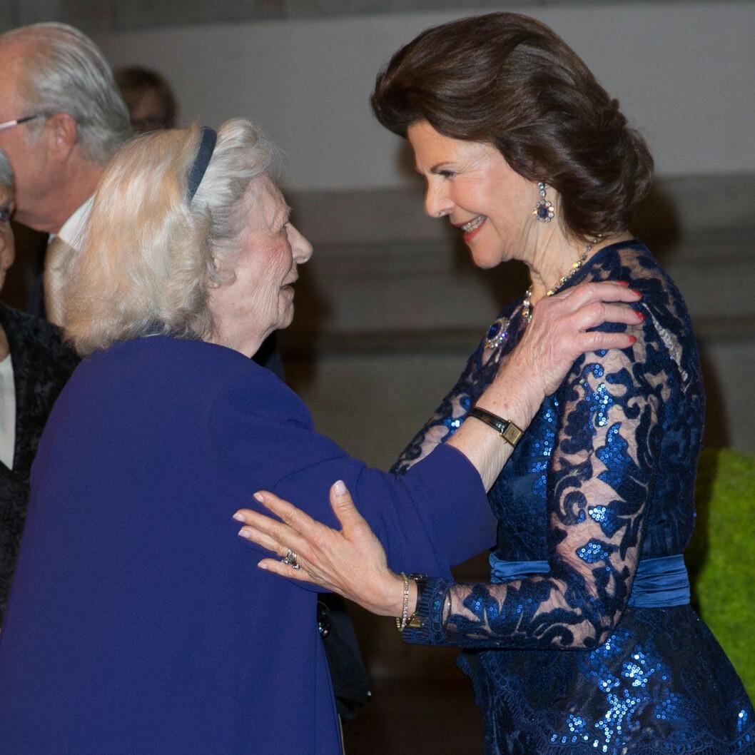 Dagmar von Arbin med drottning Silvia 2016.