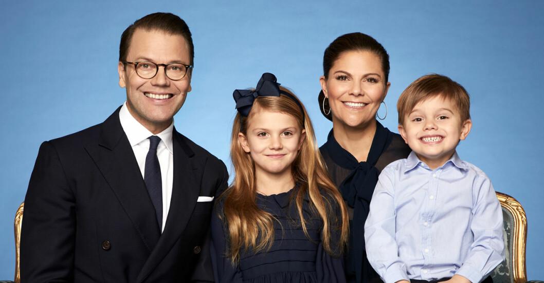 Kronprinsessan Victoria, prins Daniel, prins Oscar och prinsessan Estelle.