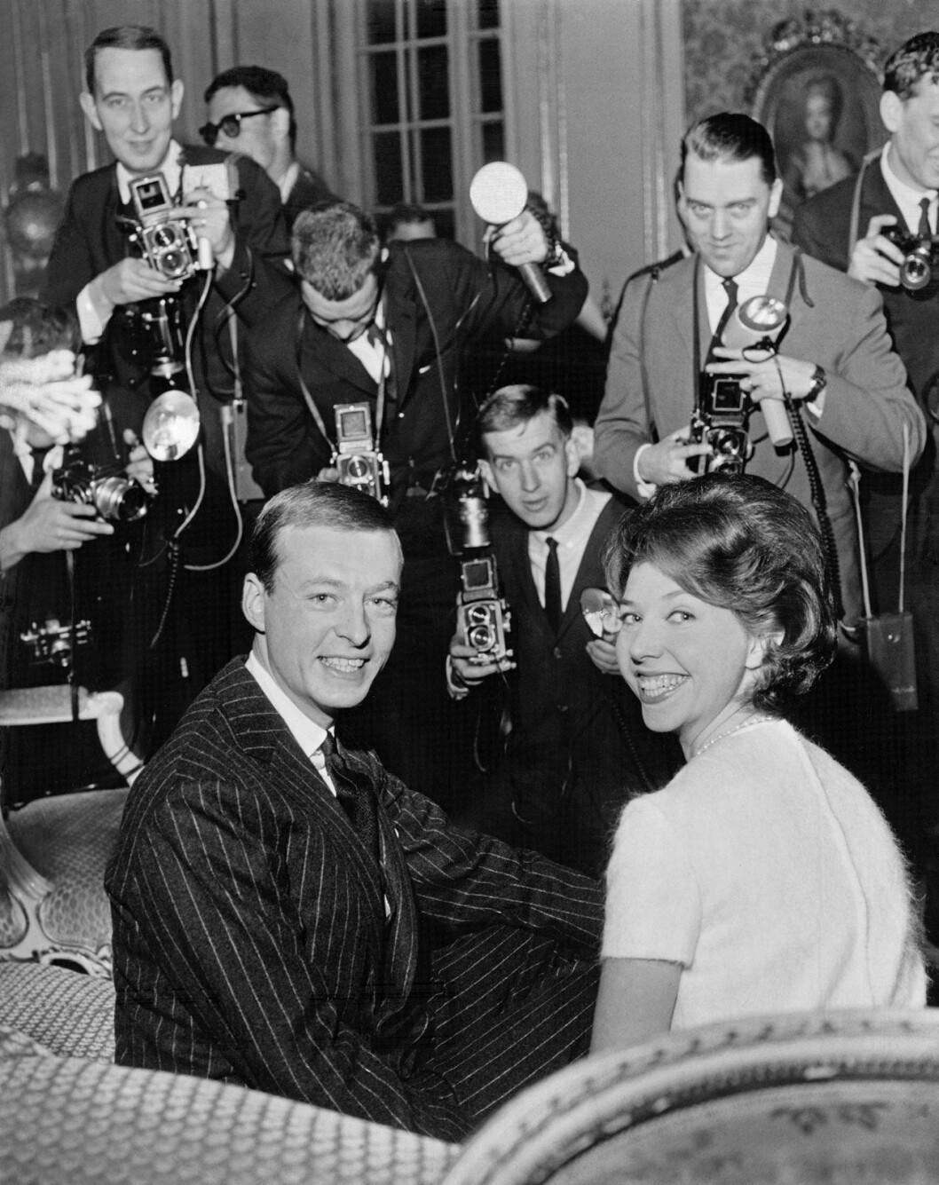 Prinsessan Désirée förlovad med friherre Niclas Silfverschiöld 1963.