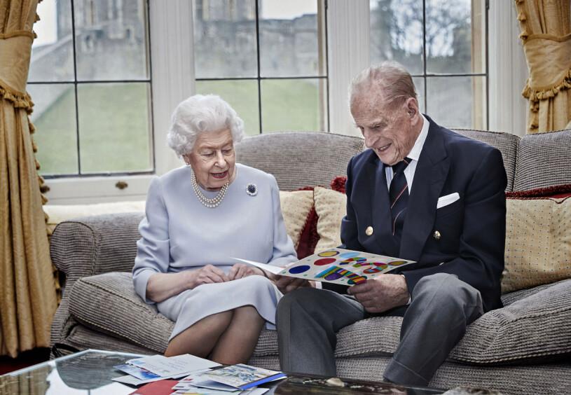 Drottning Elizabeth Prins Philip Windsor Caste 73-årig bröllopsdag