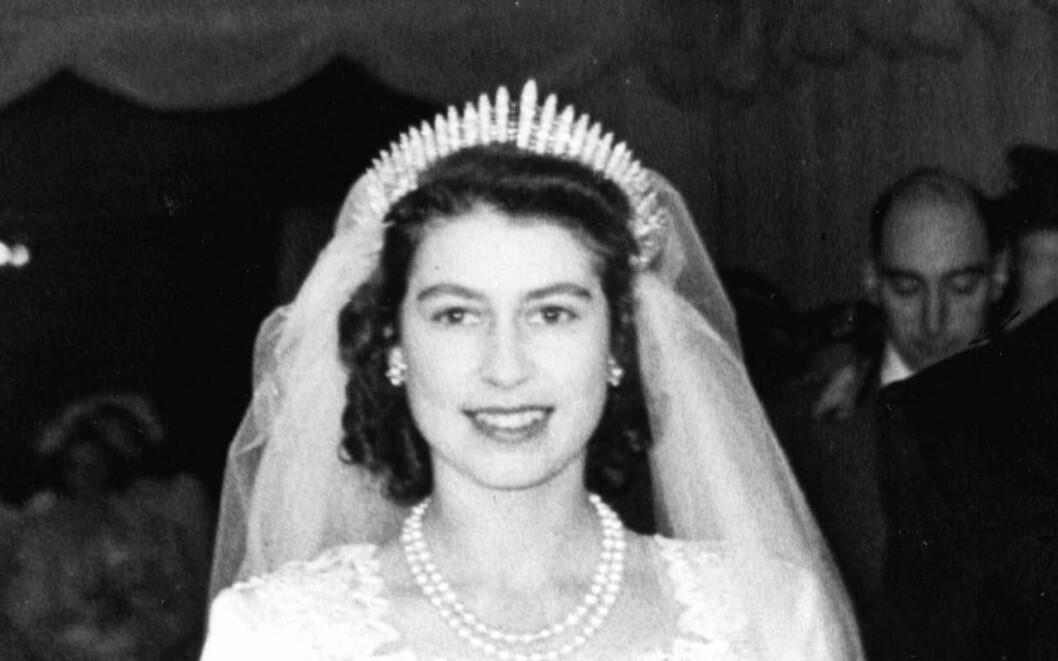 Drottning Elizabet i sin bröllopstiara 1947.