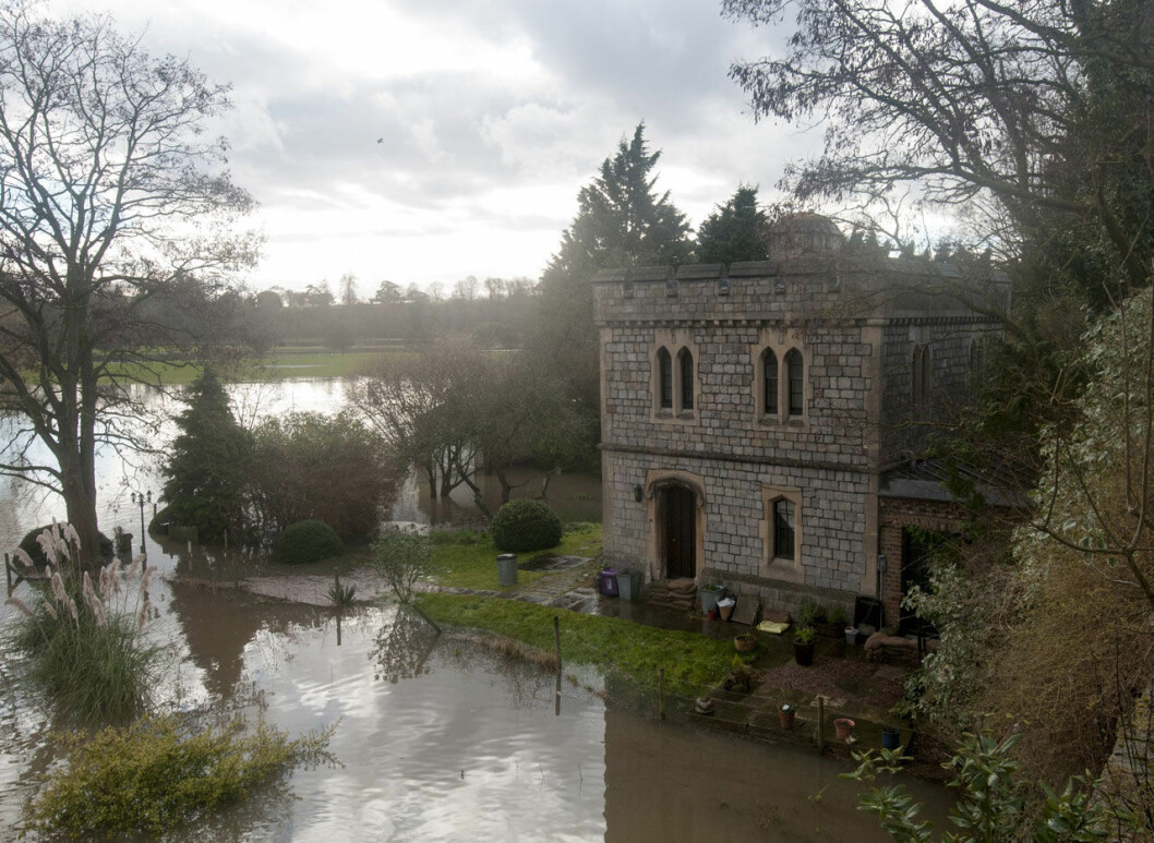 Drottning Elizabeths betjänt Tall Paul bor i det här huset på Windsor Castle.