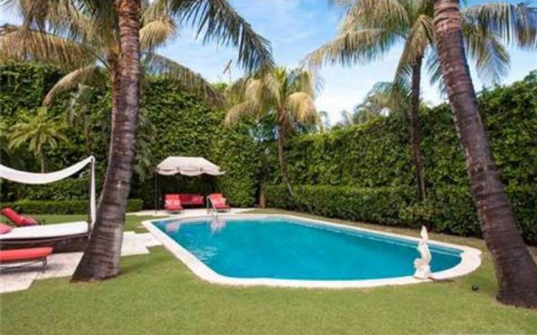 Prinsessfamiljens hus i Florida har en pool