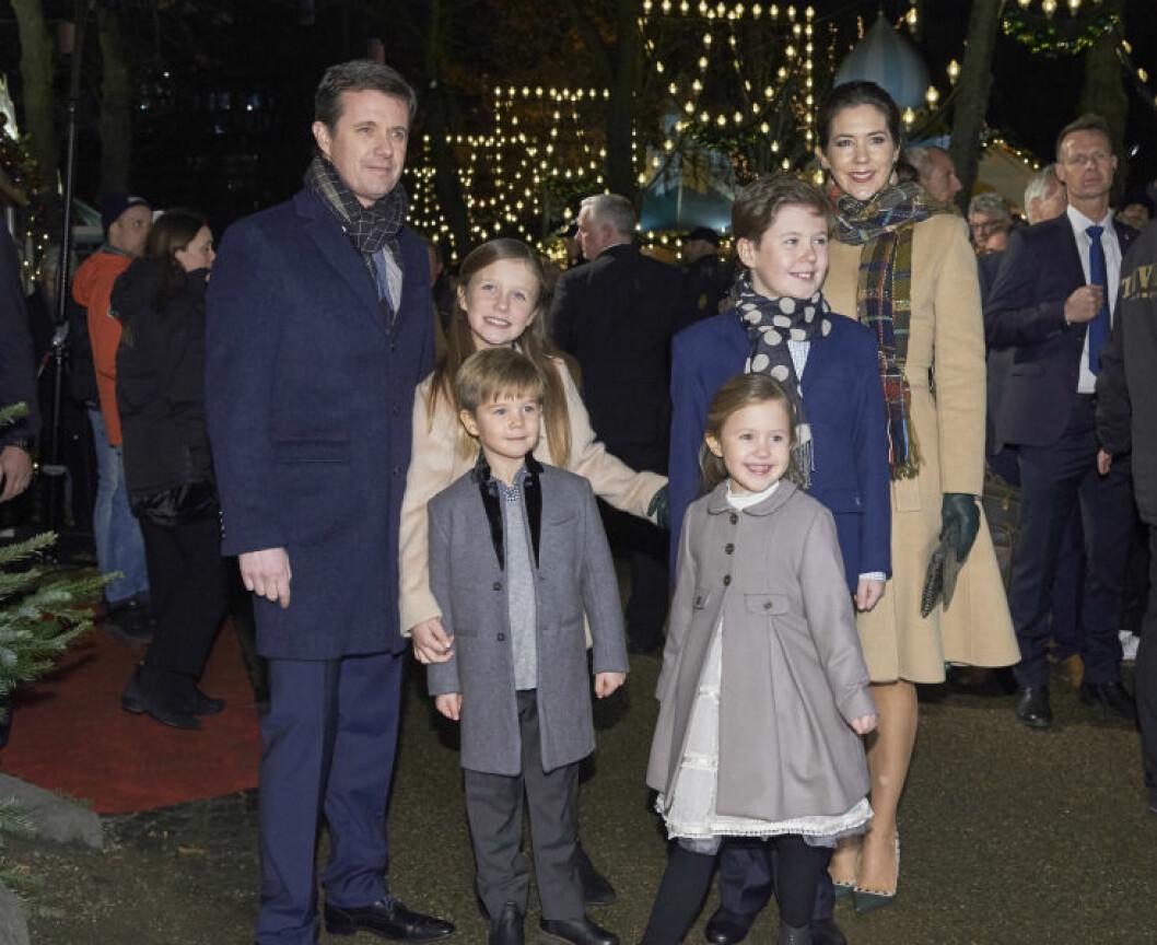Kronprinsessan Mary, kronprins Frederik, prinsessan Josephine, prins Vincent, prinsessan Isabella, prins Christian