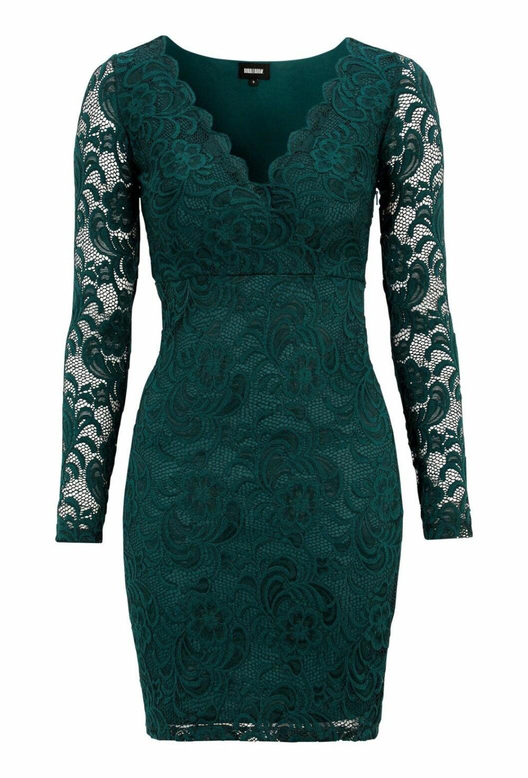 Grön spetsklänning