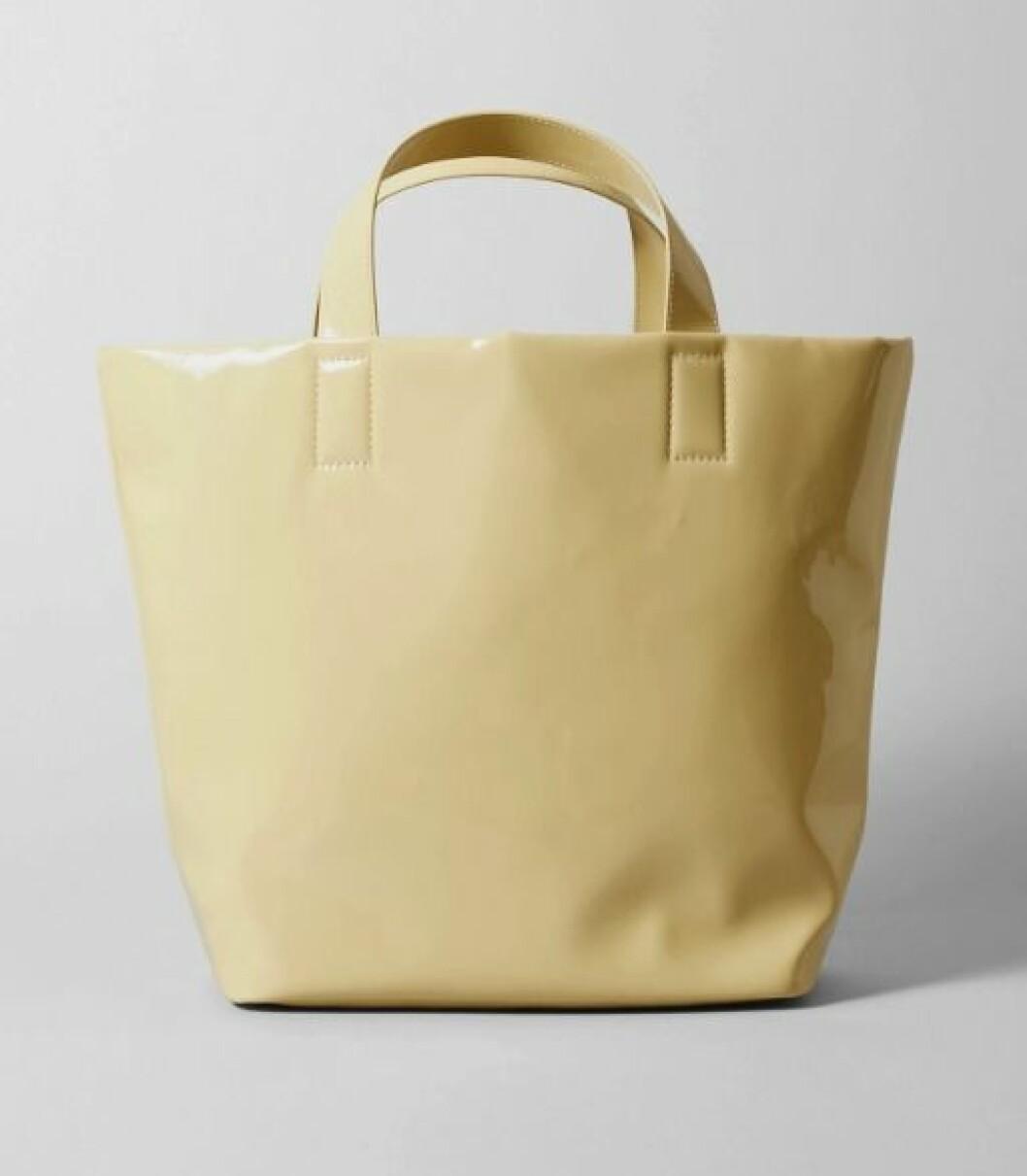 Gul väska till våren 2020