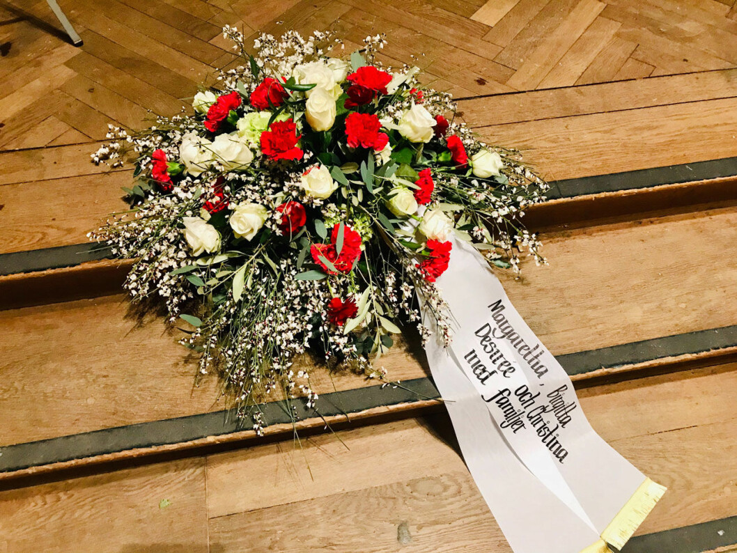 Hagasessornas krans vid Dagmar von Arbins begravning. Prinsessan Christina representerade dem i kyrkan.