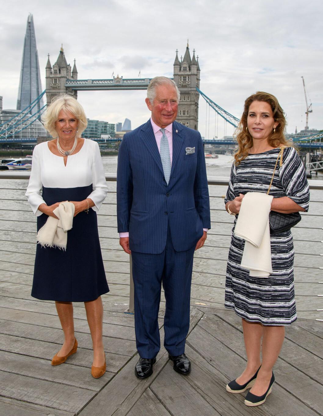 Prinsessan Haya med prins Charles och hans Camilla.
