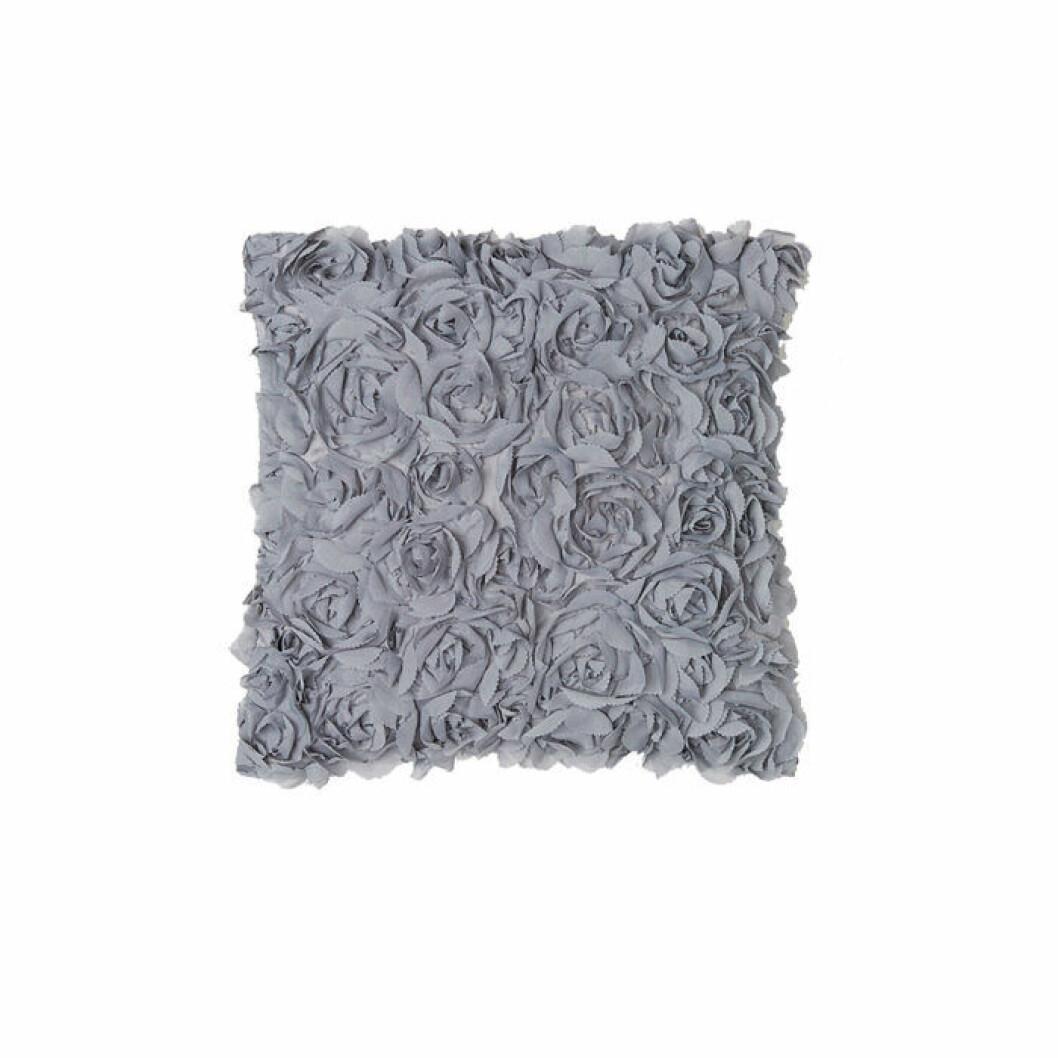 kuddfodral med 3d-blommor