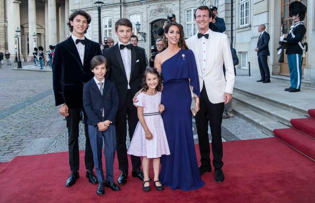 prins Joachim och Marie med barnen