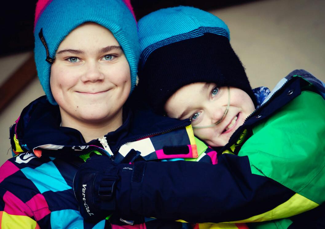 Bröderna Jonathan och Christian Ivarsson, Jonathon var sjuk i lungfibros och dog i väntan på nya lungor.