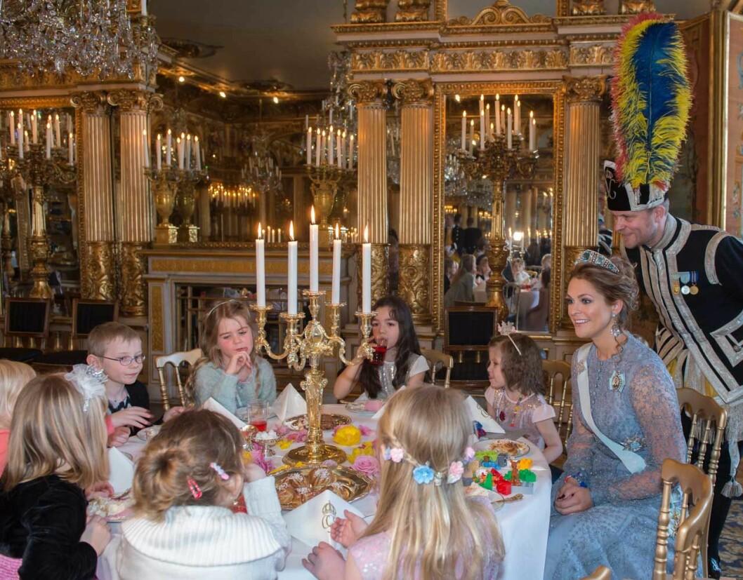 Prinsessan Madeleines sagokalas på Kungliga slottet för Stiftelsen Min Stora Dag: de 12 barnen fick ett minne för livet.