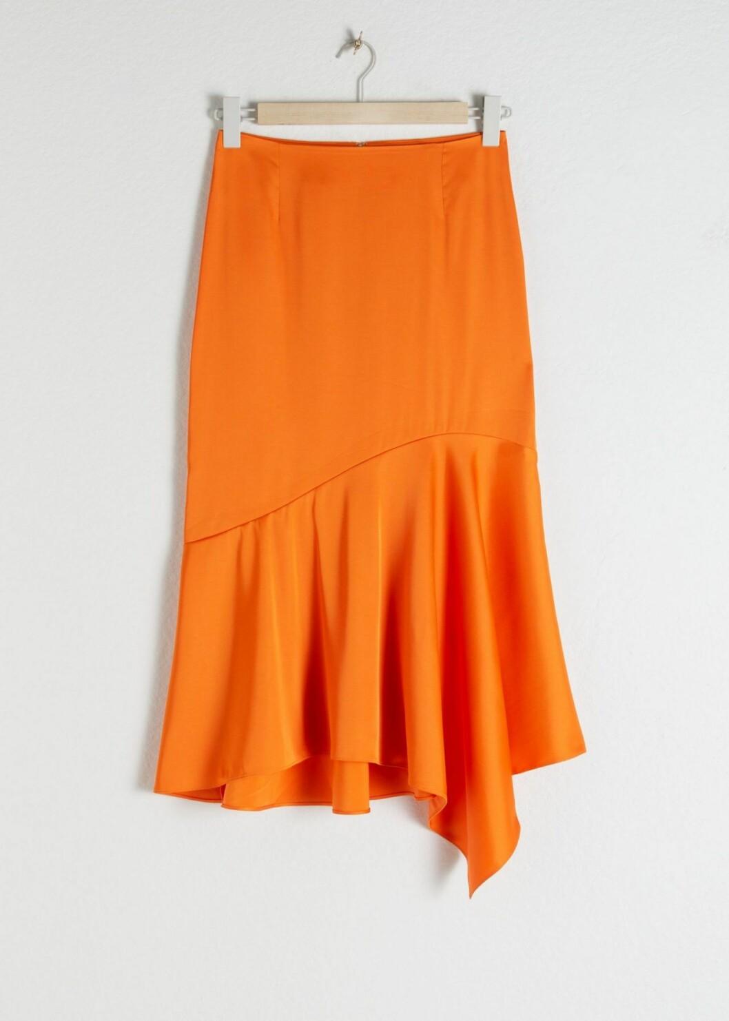 Orange kjol Stories
