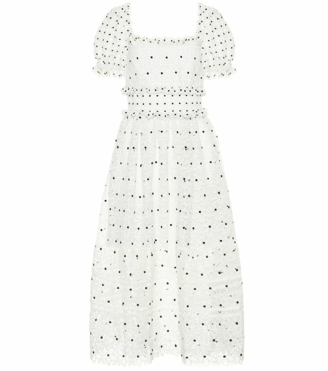 Klänning med prickar