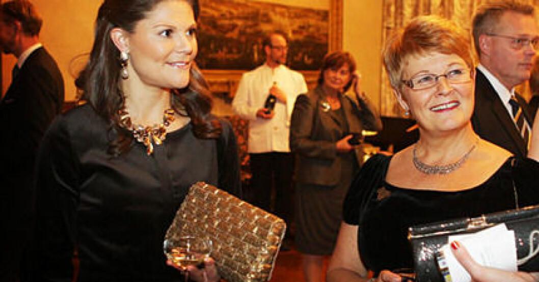 Kronprinsessan Victoria minglade med näringsminister och vice statsminister Maud Olofsson.