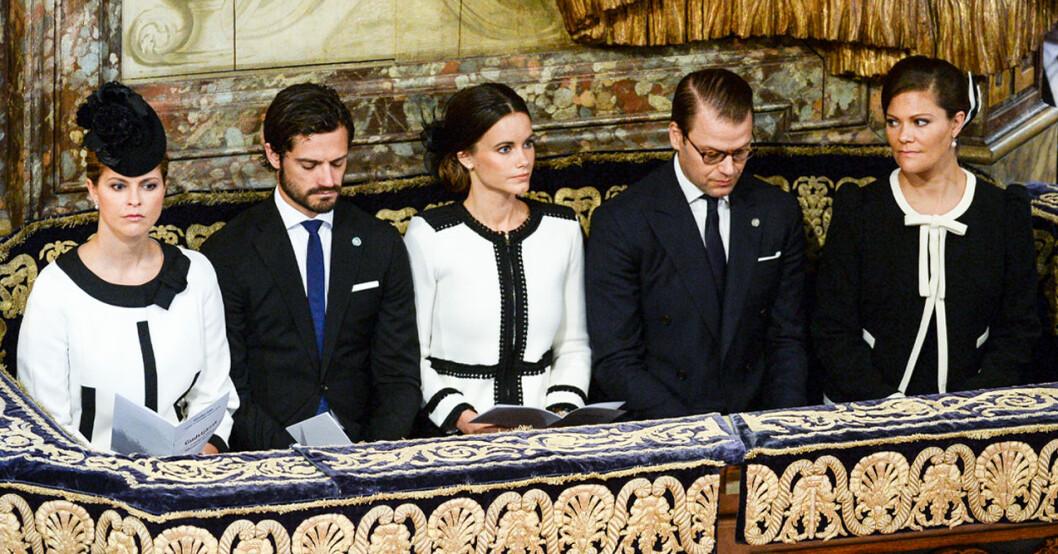 Prinsessan Madeleine, prins Carl Philip, prinsessan Sofia, prins Daniel och kronprinsessan Victoria