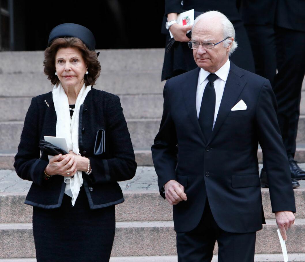 Kungaparet efter Dagmar von Arbins begravning i Oscarskyrkan.