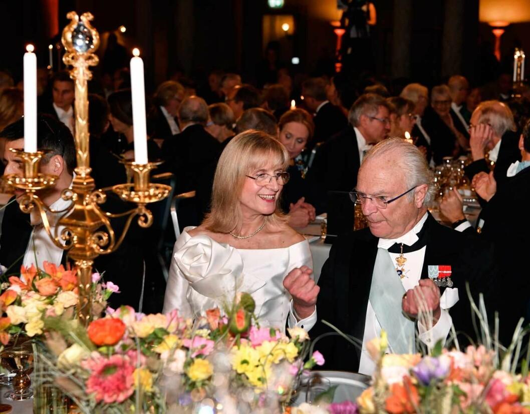 Kungen med sin bordsdam Evi Heldin Nobel 2019.