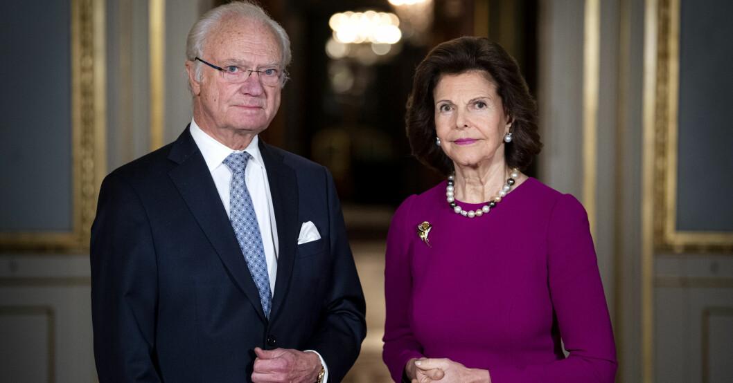 kungen drottning Silvia fotograferas inför Nobeldagen 2020