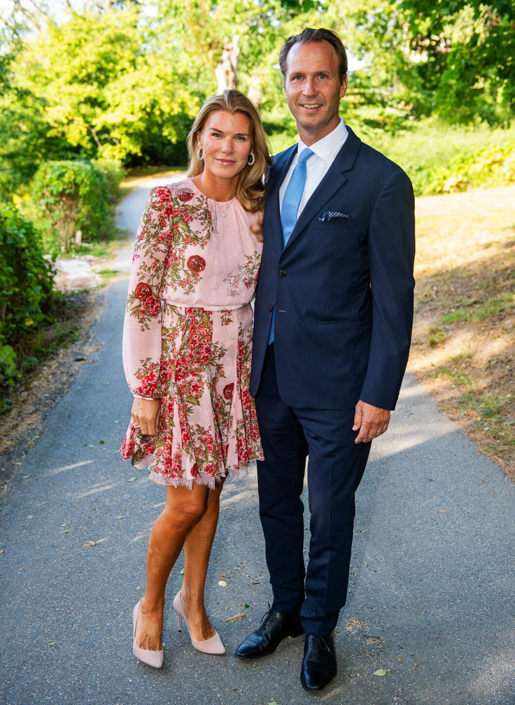 H&M-prinsessan Lina von Heidenstam med sin man Petter.
