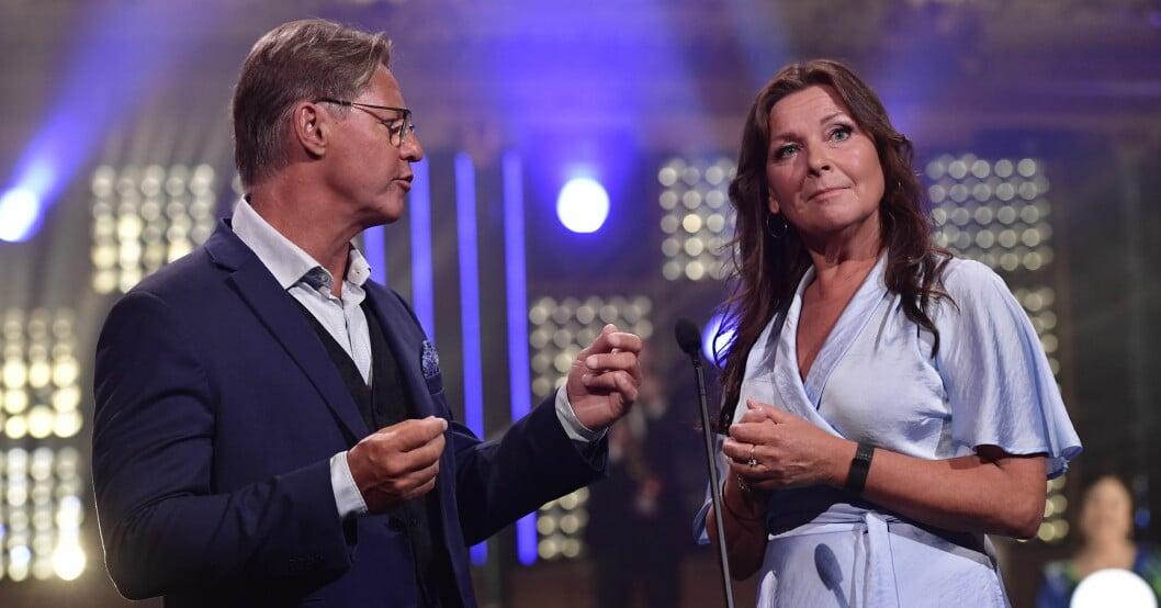 Lotta Engbergs och Doktor Mikael Sandströms kärlek kritiseras