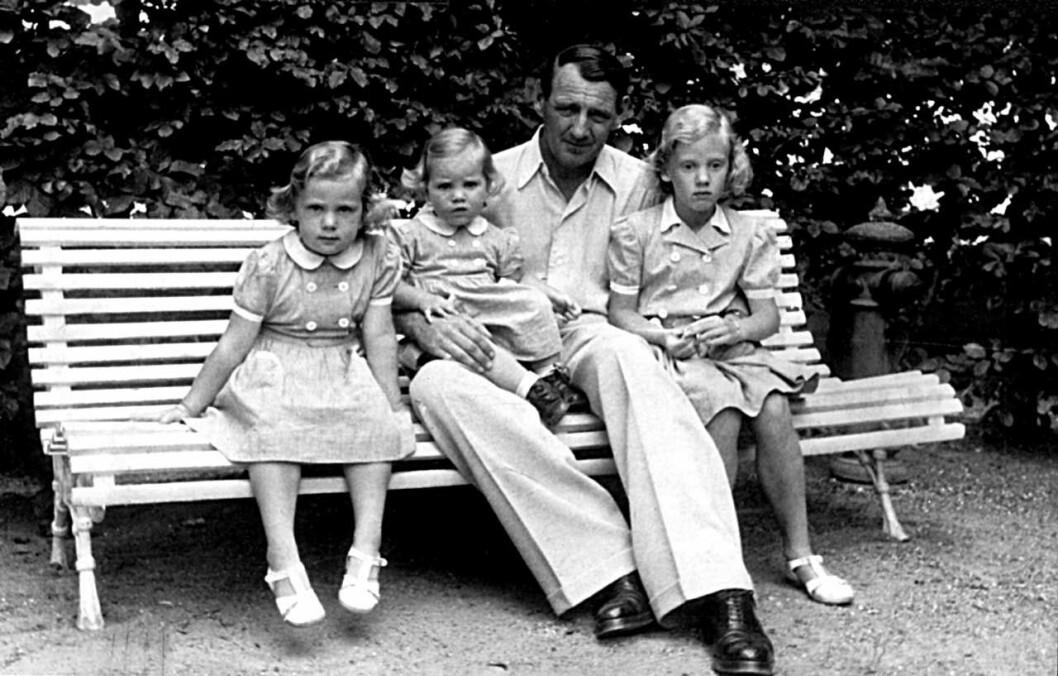 Margrethe, Benedikte och Anne-Marie.