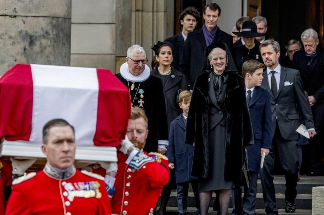 Margrethe vid Henriks begravning