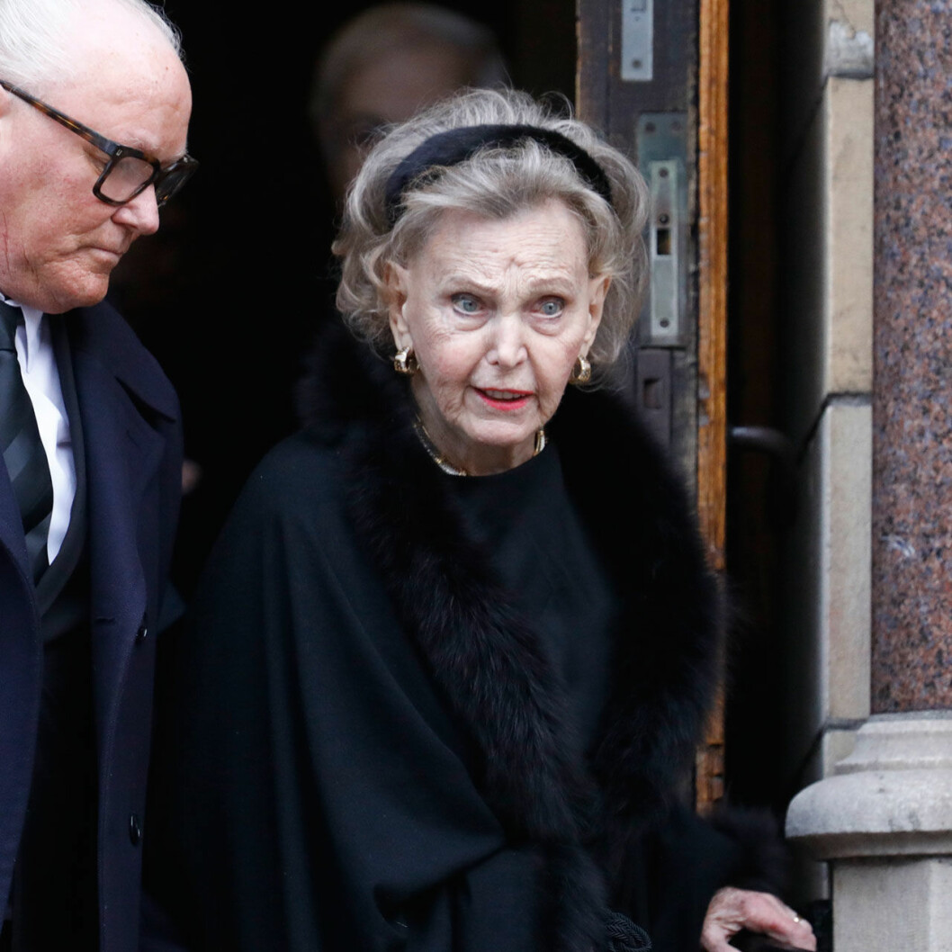 Grevinnan Marianne Bernadotte på Dagmar von Arbins begravning.