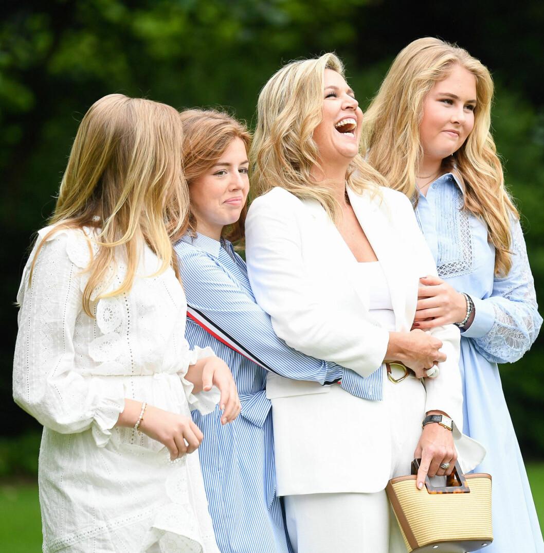 Drottning Maxima med sina döttrar