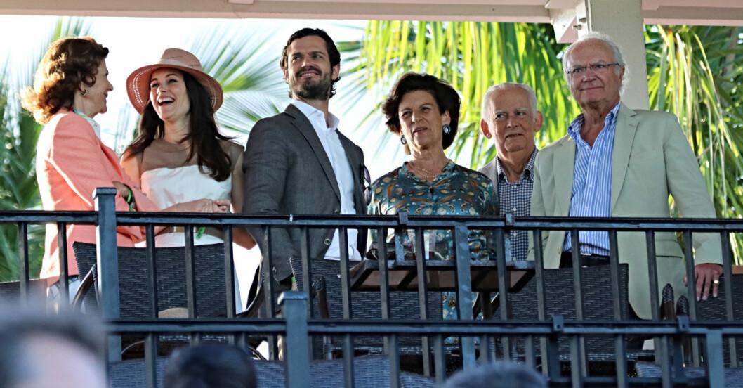 Kungafamiljen på semester i Miami.
