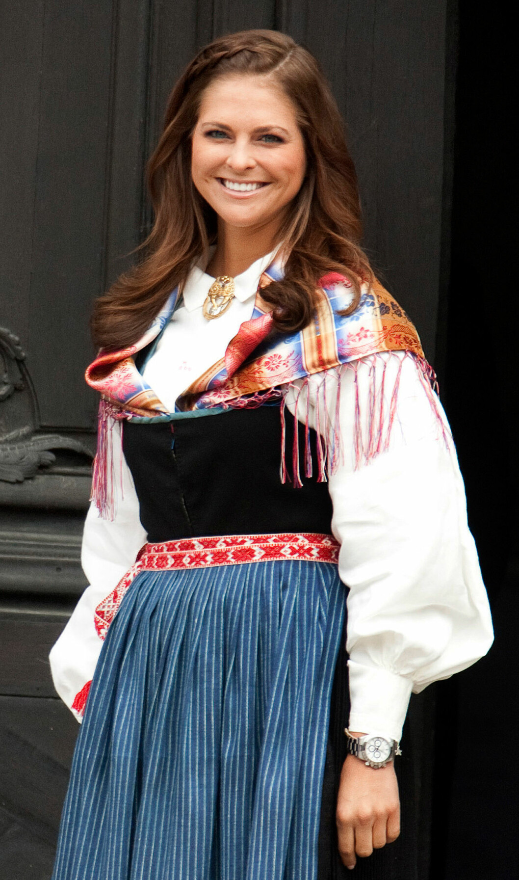 Prinsessan Madeleine, hertiginna av Gästrikland och Hälsingland, i sin Hälsingedräkt.