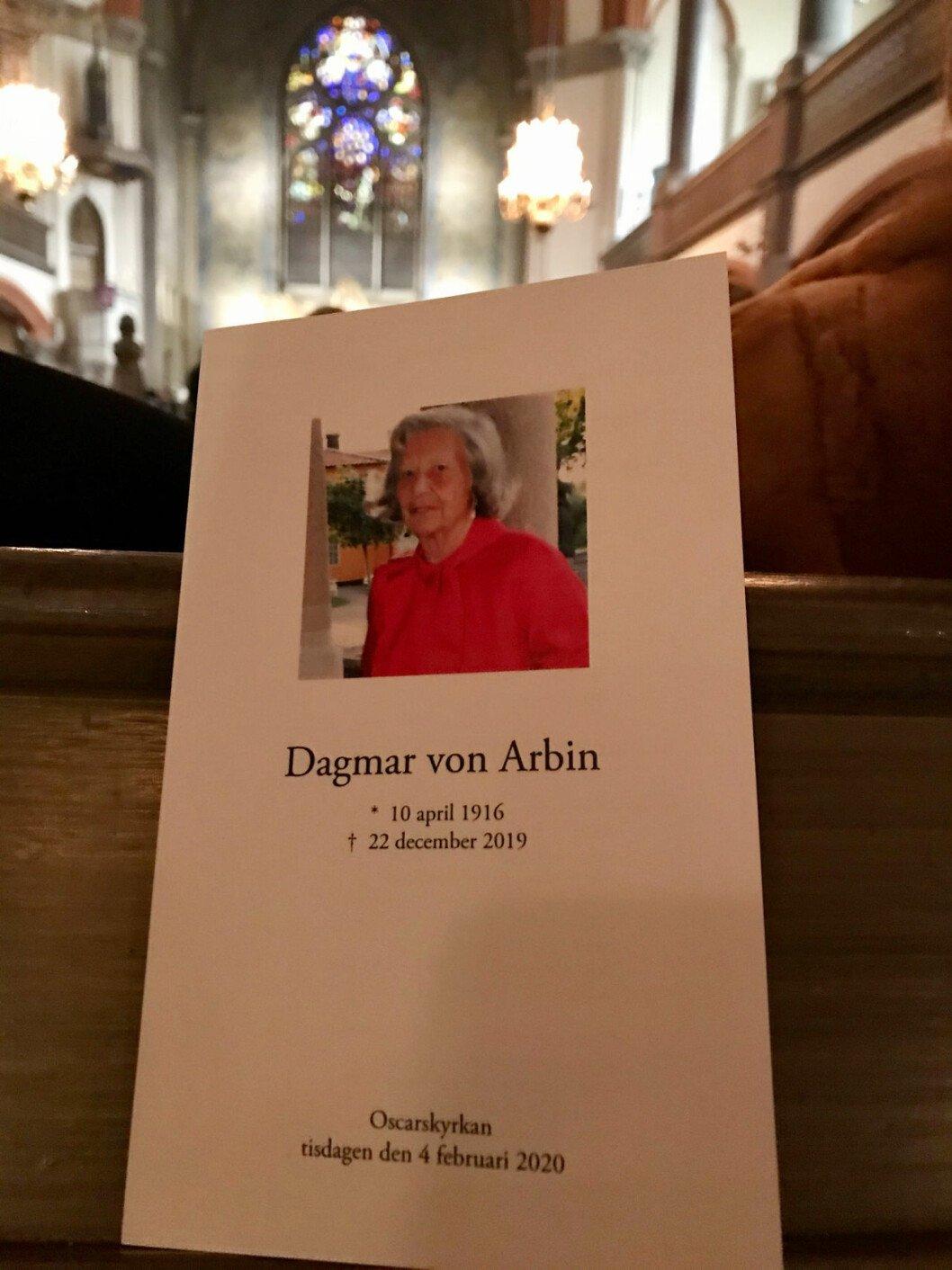 Det vackra programmet under Dagmar von Arbins begravning.