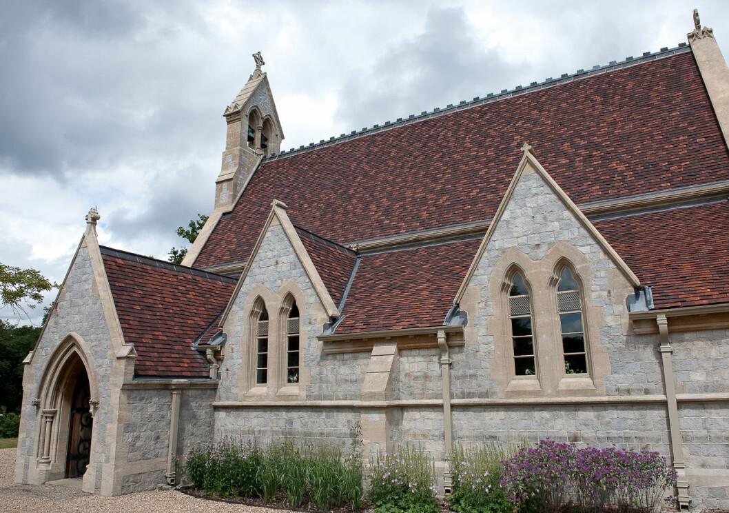 The Chapel of All Saints i slottsparken på Windsor: Här gifte sig prinsessan Beatrice och Edoardo Mapelli Mozzi.