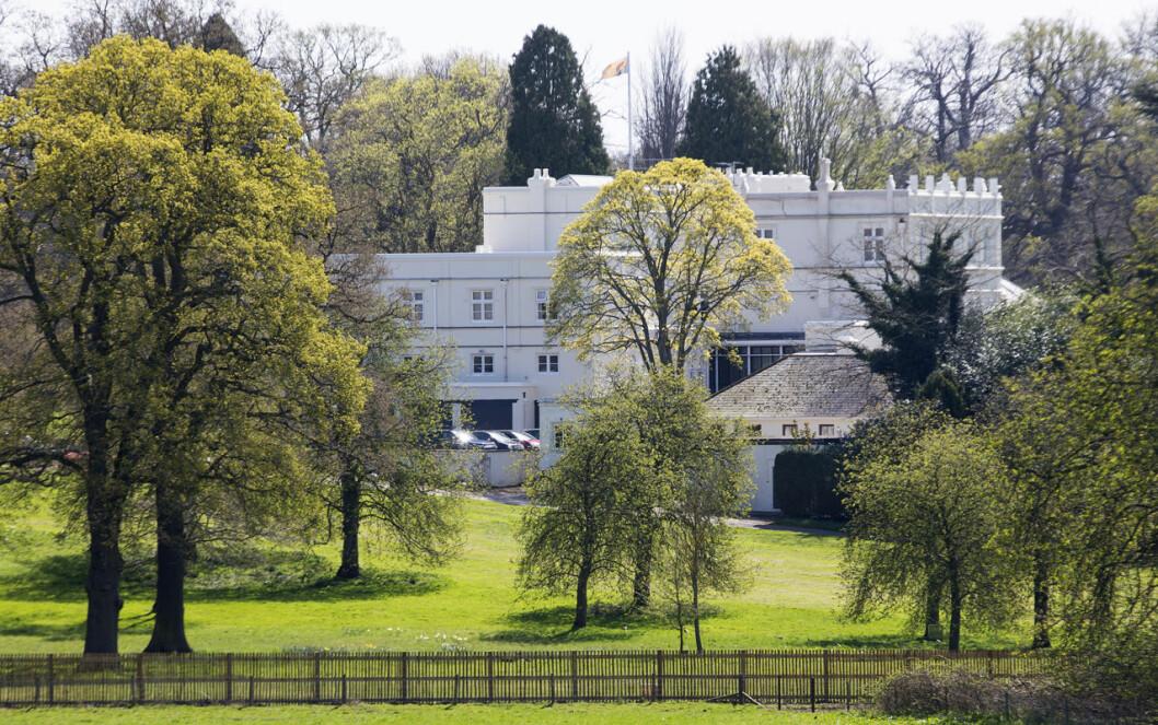 Prins Andrews hem Royal Lodge på Windsor Castle.