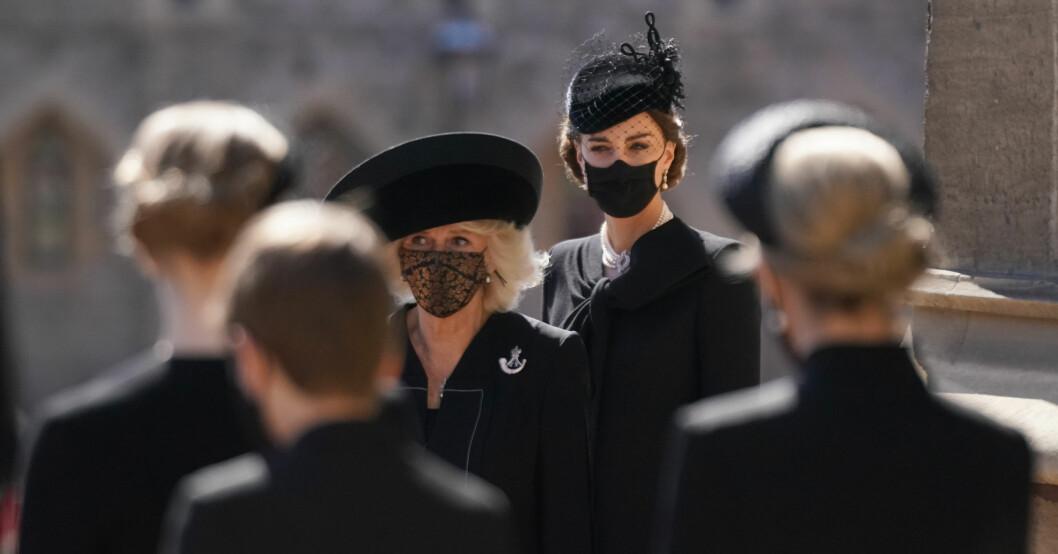 Hertiginnan Kate vid prins Philips begravning.