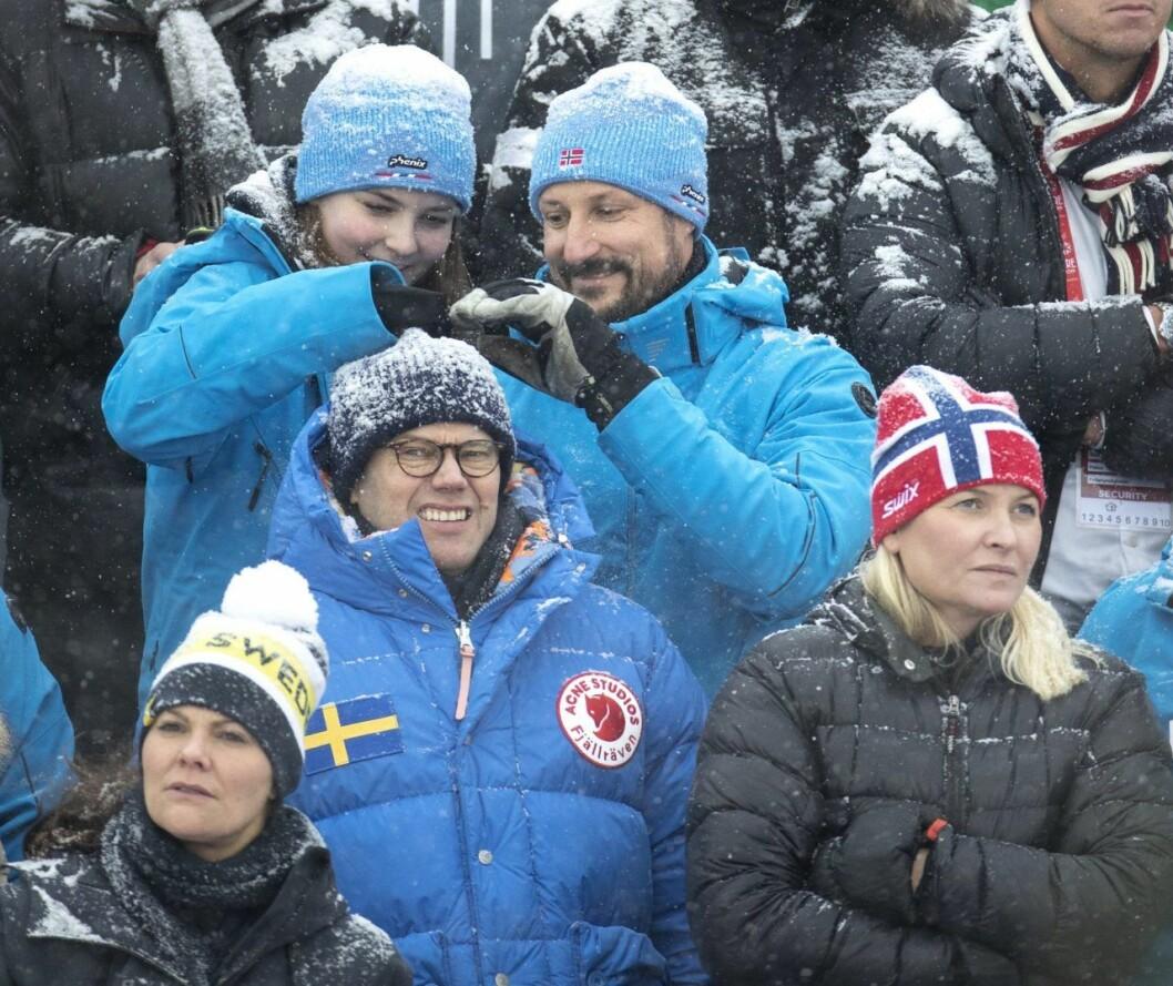 Vad gör Ingrid Alexandra och Haakon egentligen?