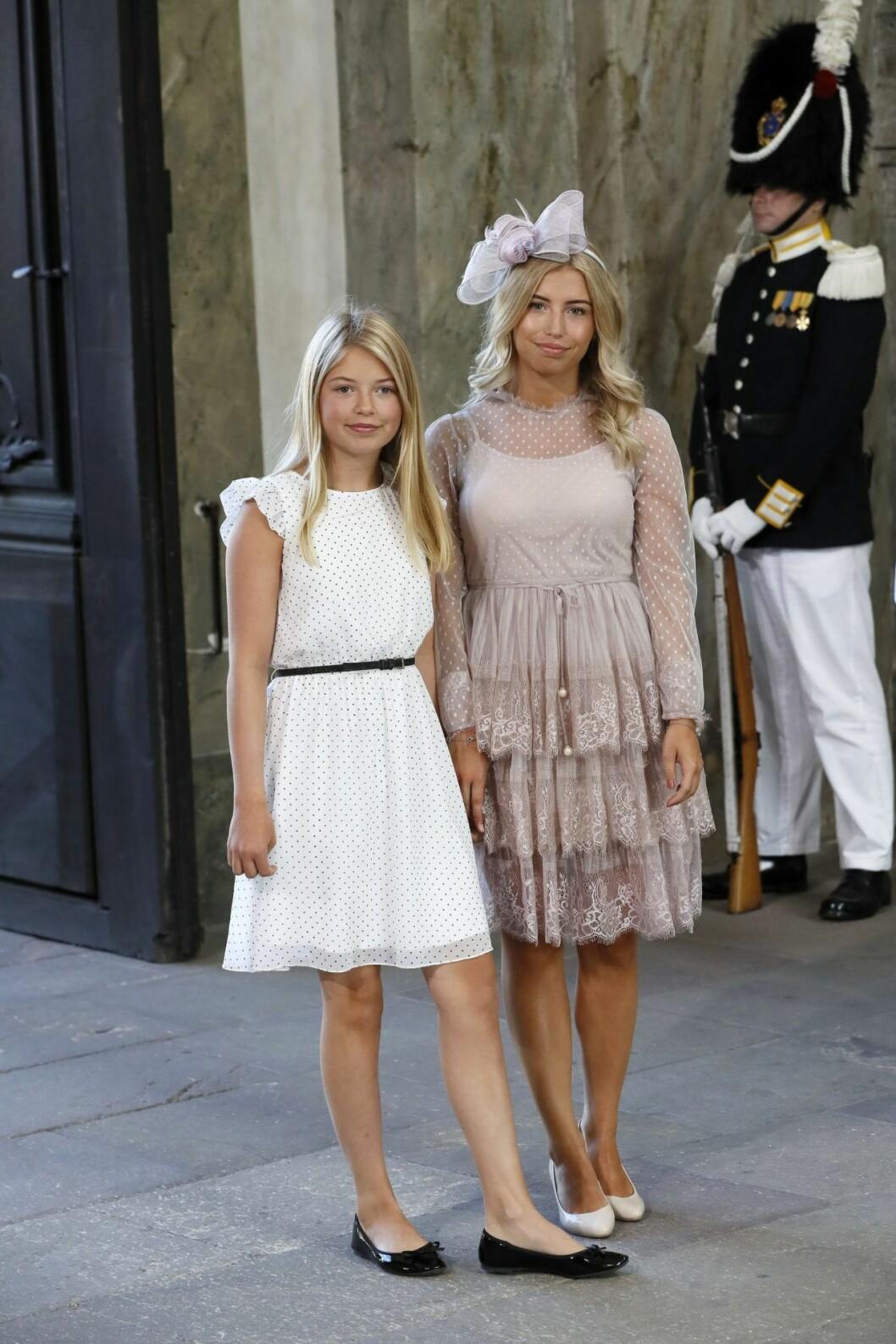 Hedvig och systern Vera på Victorias 40-årsfest.