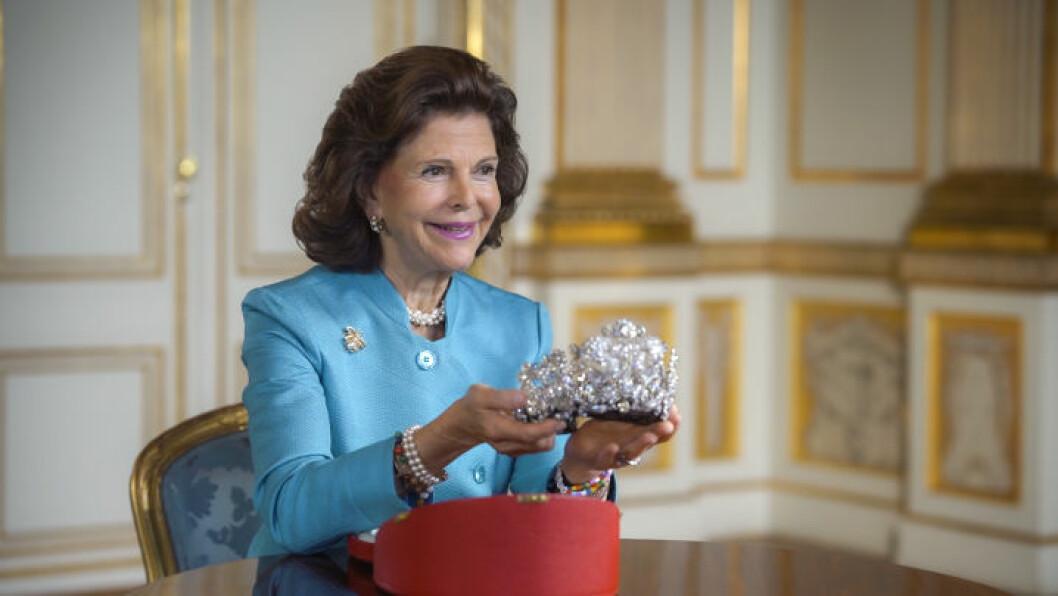 Silvia i programmet Kungliga smycken