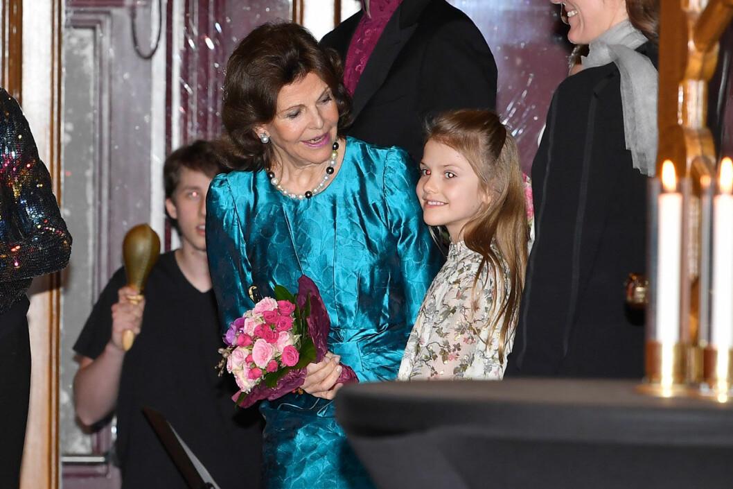 Drottning Silvia och prinsessan Estelle.