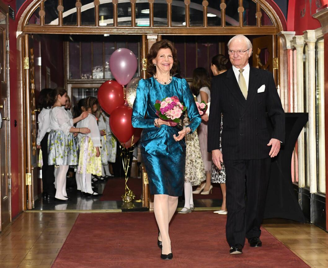 Drottning Silvia firas med konsert på Vasateatern, hennes 75-årspresent från Lilla Akademien.