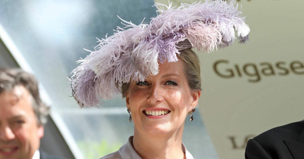 Sophie av Wessex i hatt