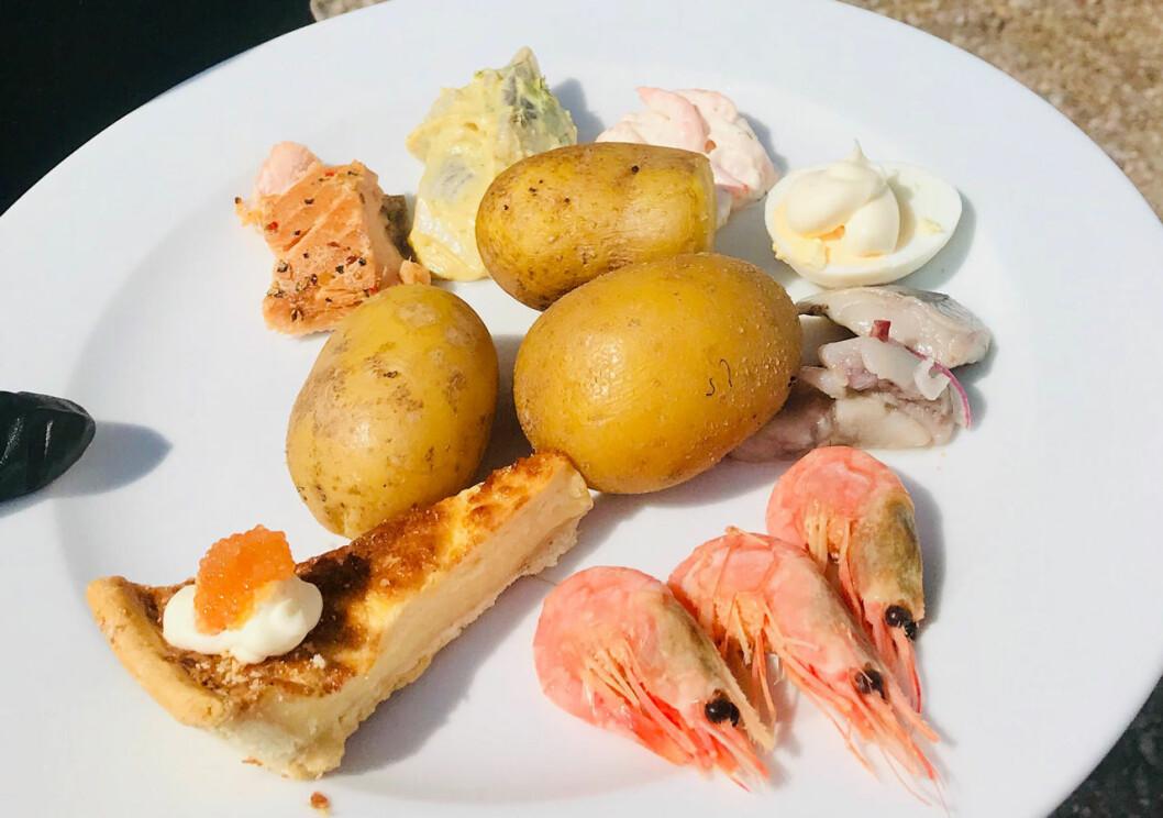 Det serverades skärgårdstallrik till lunch under kronprinsessans vandring i Gästrikland.