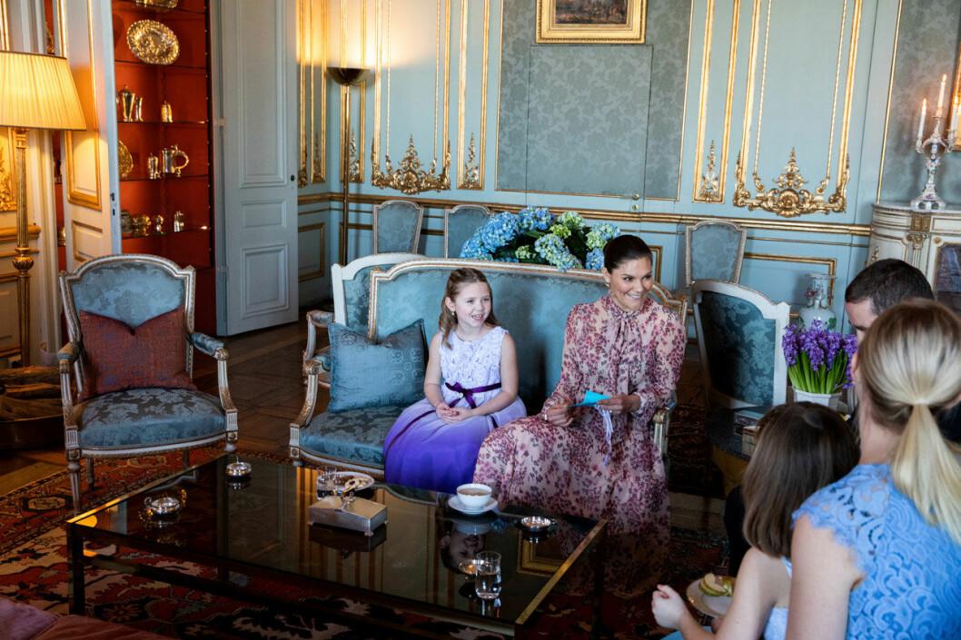 Cancersjuka Emilia och hennes familj fick komma till slottet och träffa kronprinsessan Victoria, genom Min Stora Dag.
